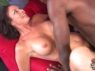 Blonde mom and black men porn pics galleries 86